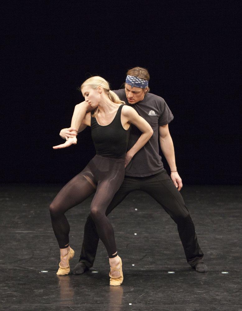 Hayley Forskitt and Thomas Whitehead in Lonesome Gun by Kristen McNally for Royal Ballet Draft Works 2012. © Andrej Uspenski.