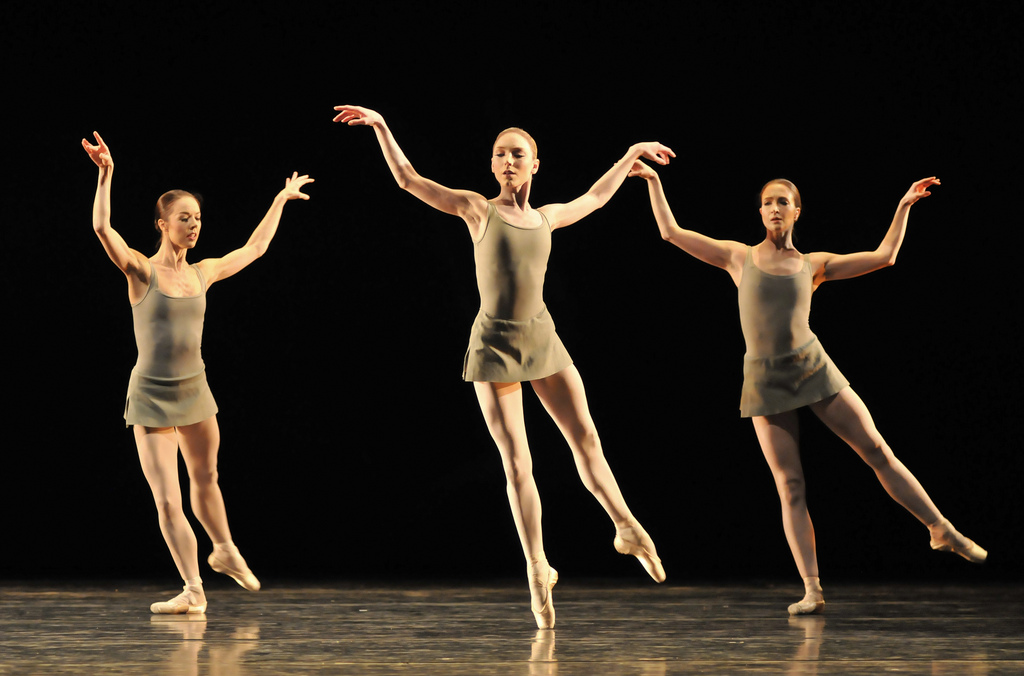 Samantha Raine, Sarah Lamb and Lauren Cuthbertson in Song of the Earth. © Dave Morgan.