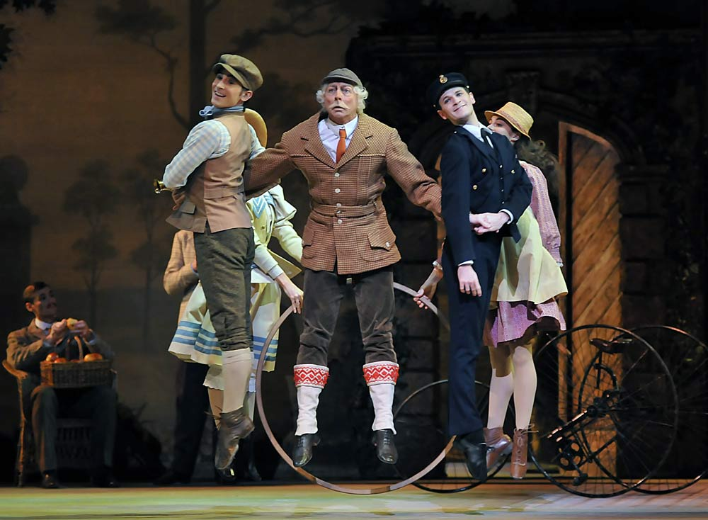 Enigma Variations: Richard Baxter Townsend (Alastair Marriott) with Country Boy and Sailor Boy (Tristan dyer, James Wilkie). © Dave Morgan.