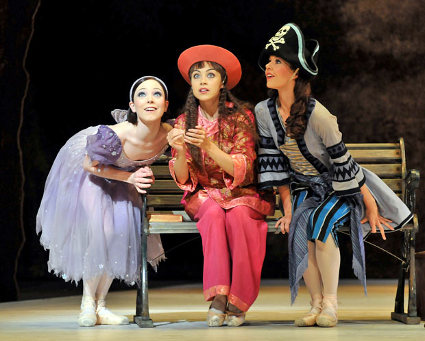 Sisters - Sarah Lamb as Alice, with Leanne Cope and Samantha Raine. © Dave Morgan.