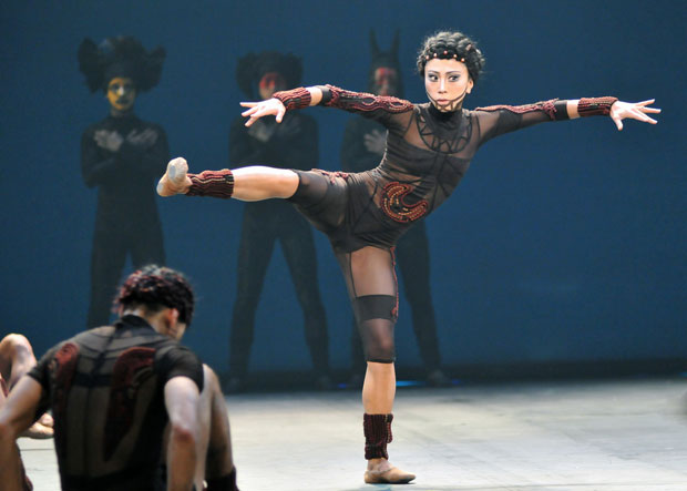 Erina Takahashi in The Rite of Spring. © Dave Morgan. (Click image for larger version)