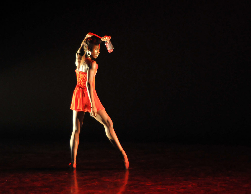 Cira Robinson in Christopher Hampson's Storyville. © Dave Morgan.