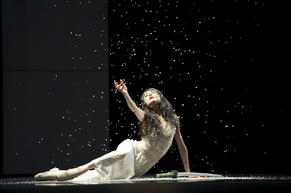 Yuan Yuan Tan in Possokhov's RAkU. © Erik Tomasson