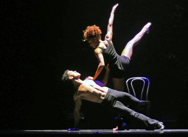 Ballet Revolucion. © Dave Morgan. (Click image for larger version)