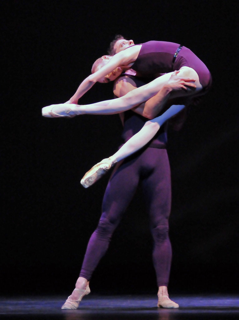Sarah Lamb & Johannes Stepanek (the alternative cast) in Christopher Wheeldon's Polyphonia. © Dave Morgan. (Click image for larger version)