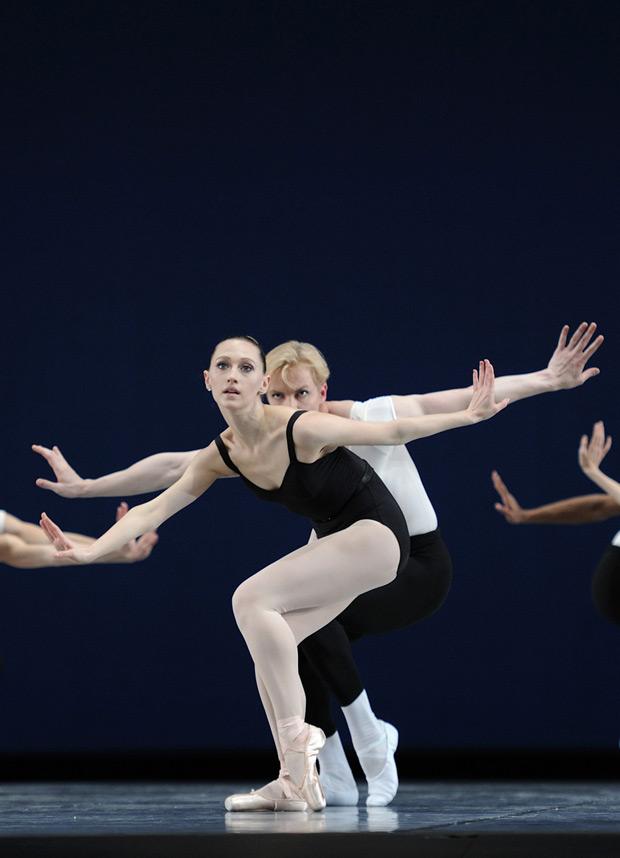 San Francisco Ballet in Balanchine's The Four Temperaments.  © Erik Tomasson. (Click image for larger version)