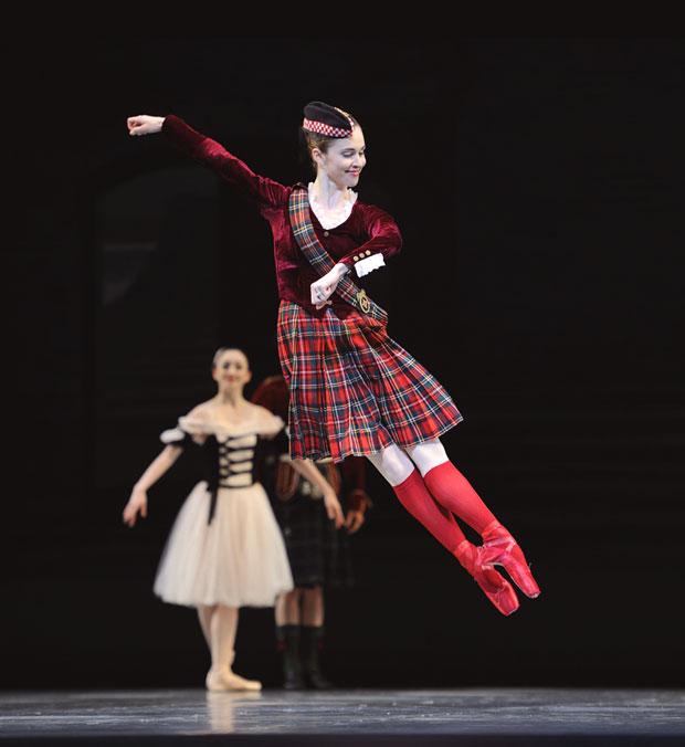 San Francisco Ballet in Balanchine's Divertimento No.15. © Erik Tomasson. (Click image for larger version)