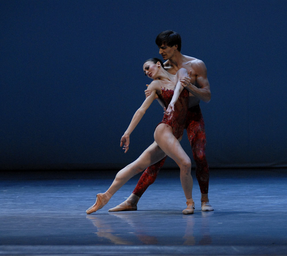 Victoria Jaiani and Temur Suliashvili, (Joffrey Ballet) in Bells. © Lado Vachnadze. (Click image for larger version)