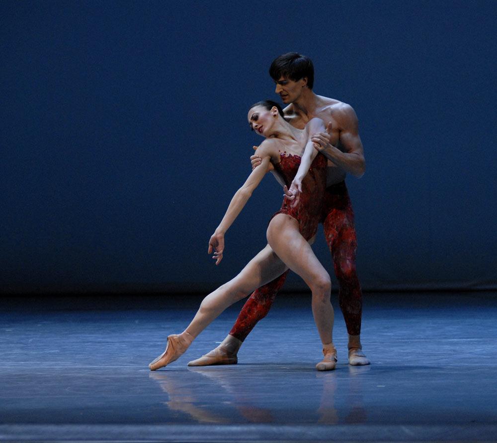 Victoria Jaiani and Temur Suliashvili, (Joffrey Ballet) in Bells. © Lado Vachnadze. (Click image for larger version)