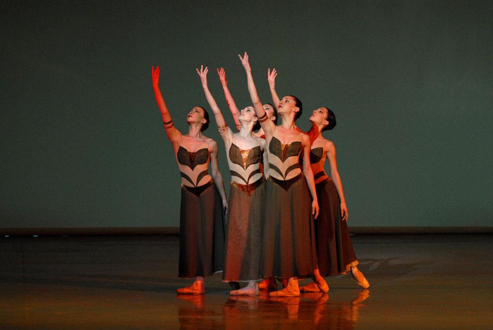 State Ballet of Georgia dancers in Sagalobeli. © Lado Vachnadze. (Click image for larger version)