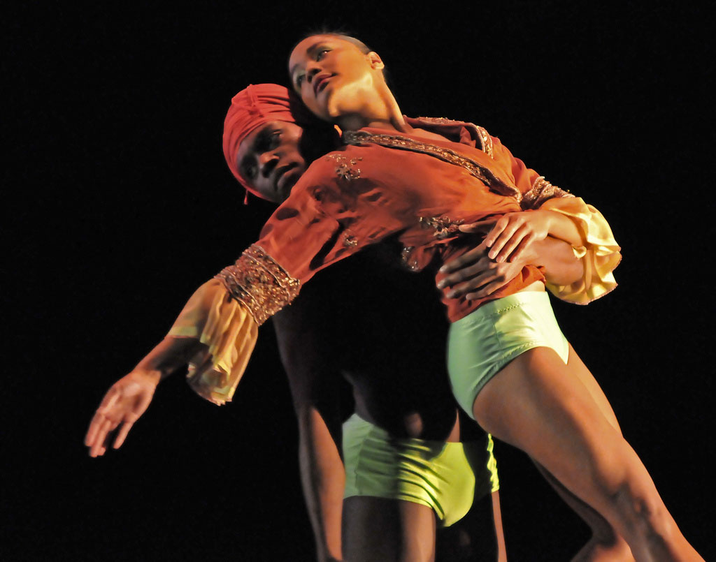Otis-Cameron Carr and Antonette Dayrit in Mark Baldwin's <I>What Wild Ecstasy</I>.<br />© Dave Morgan. (Click image for larger version)