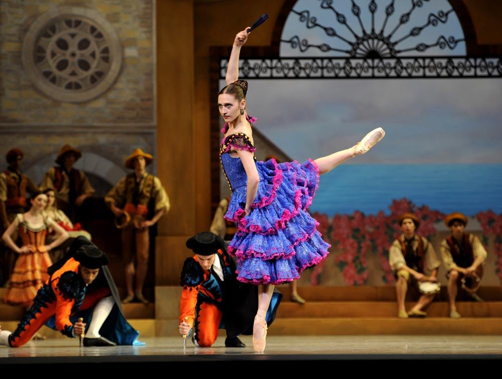 Sarah Van Patten as Mercedes in Tomasson/Possokhov's Don Quixote. © Erik Tomasson. (Click image for larger version)