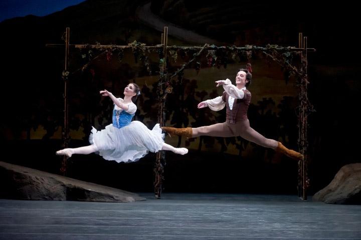 Alina Cojocaru and Angel Corella in Giselle. © Gene Schiavone. (Click image for larger version)
