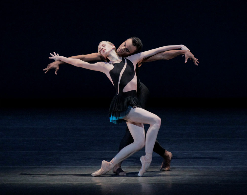 Claire Kretzschmar and Taylor Stanley in Mes Oiseaux. © Paul Kolnik. (Click image for larger version)