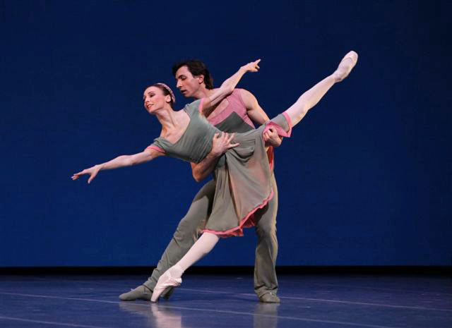 Svetlana Zakharova and Eris Nezhai in Concerto DSCH. © Rudy Amisano. (Click image for larger version)