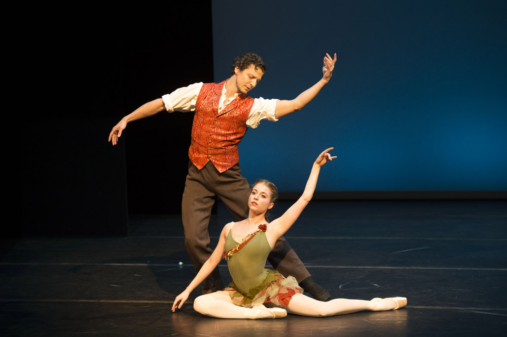 Meaghan Grace Hinkis and Johannes Stepanek in Autumn Leaves. © Bill Cooper. (Click image for larger version)