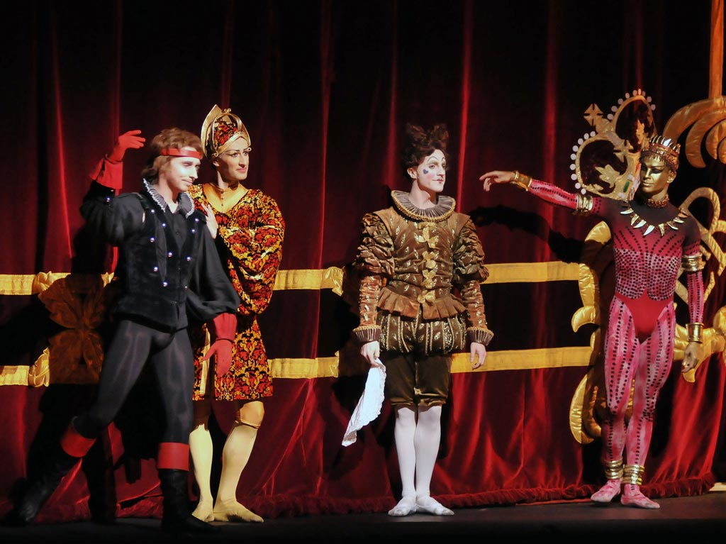 The Kings - North (Bennet Gartside), East (Valeri Hristov), West (Steven McRae), South (Ricardo Cervera) at first night curtain calls. © Dave Morgan. (Click image for larger version)