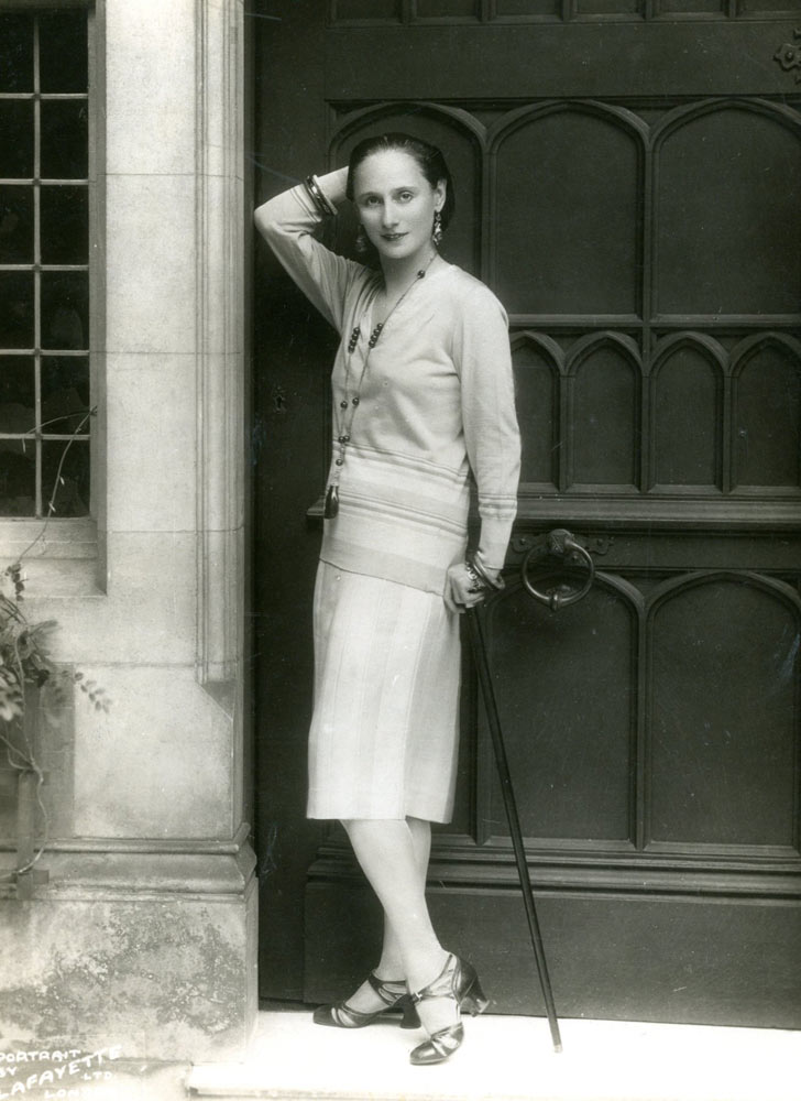 Anna Pavlova at the front door of Ivy House. © Lafayette from a Private Collection. (Click image for larger version)