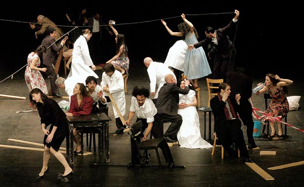 Tanztheater Wuppertal Pina Bausch in Viktor. © Ulli Weiss.  (Click image for larger version)