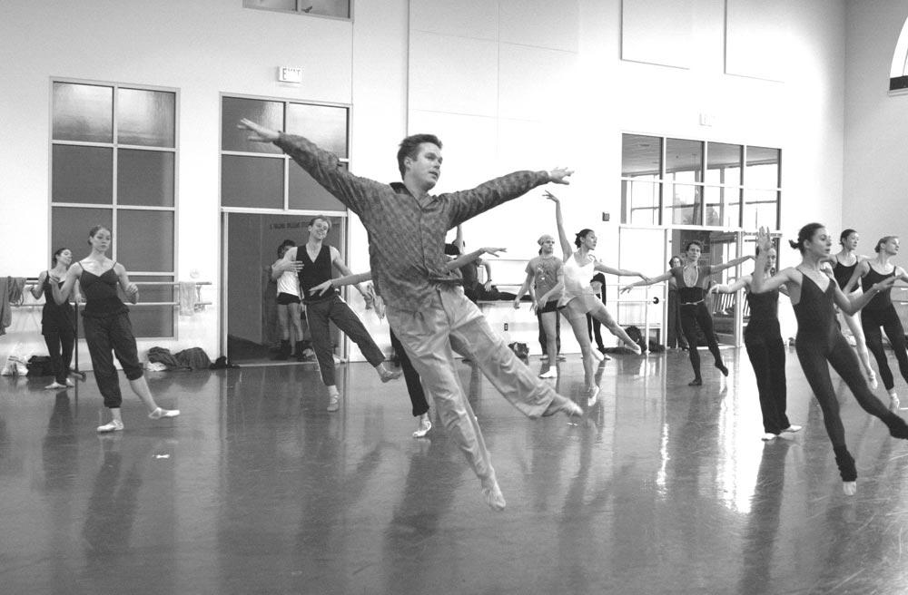 Mikko Nissinen teaching class.<br />© Boston Ballet archives. (Click image for larger version)