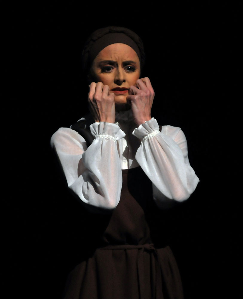 Elizabeth McGorian as the Bride's Mother in Les Noces.© Dave Morgan. (Click image for larger version)