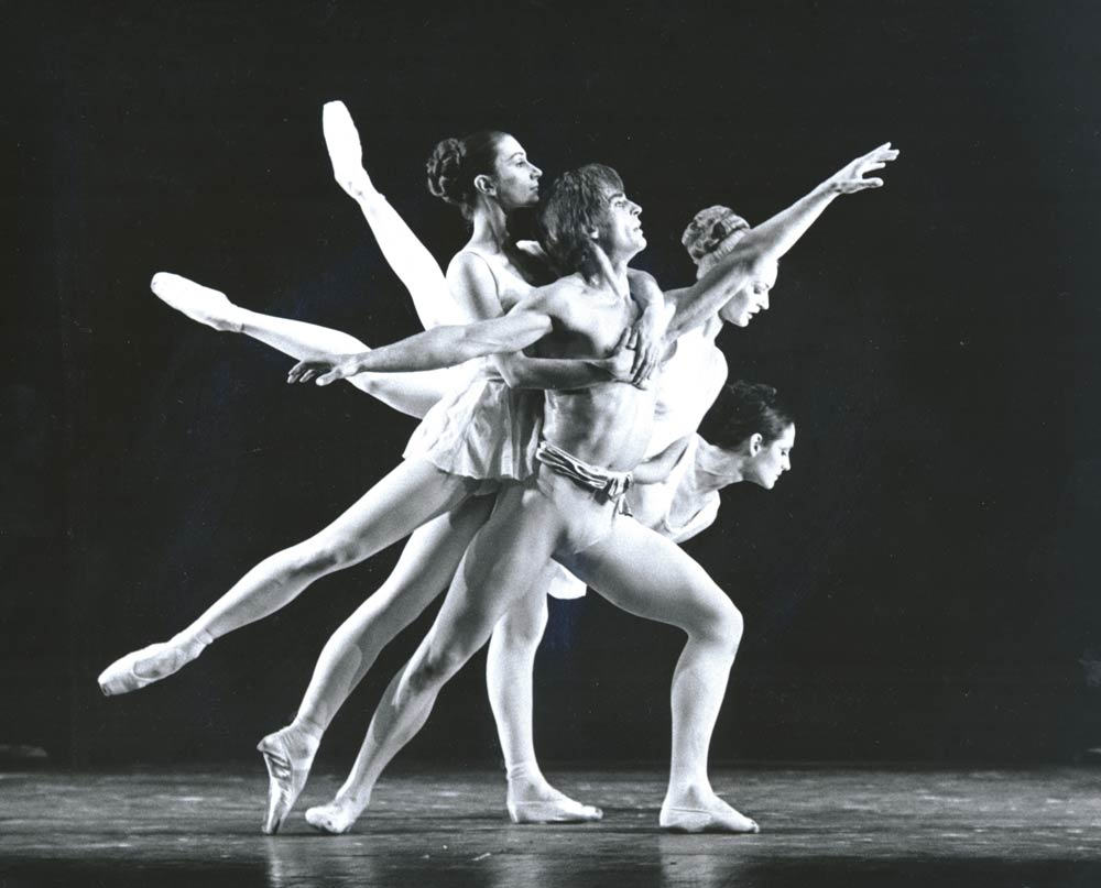 <I>Apollo</I> - Desmond Kelly as Apollo, Deanne Bergsma as Terpsichore, Vergie Derman as Polyhmnia and Vyvyan Lorrayne as Calliope. © Leslie E. Spatt and courtesy of Birmingham Royal Ballet. (Click image for larger version)