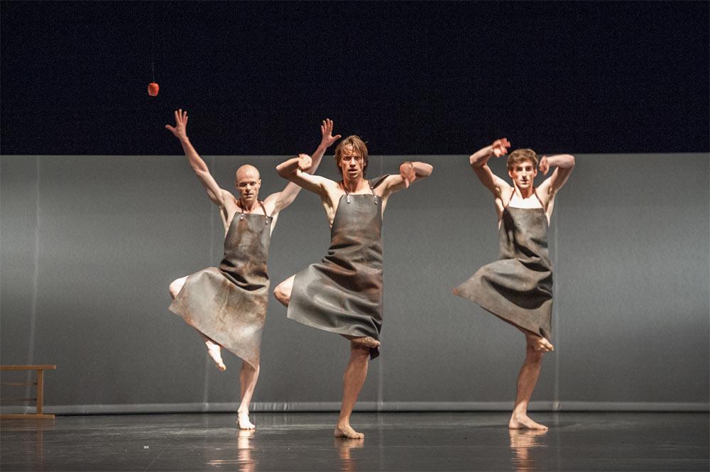 Aurélien Houette, Vincent Cordier and Vincent Chaillet in <I>Orpheus and Eurydice</I>.<br />© Stephanie Berger. (Click image for larger version)
