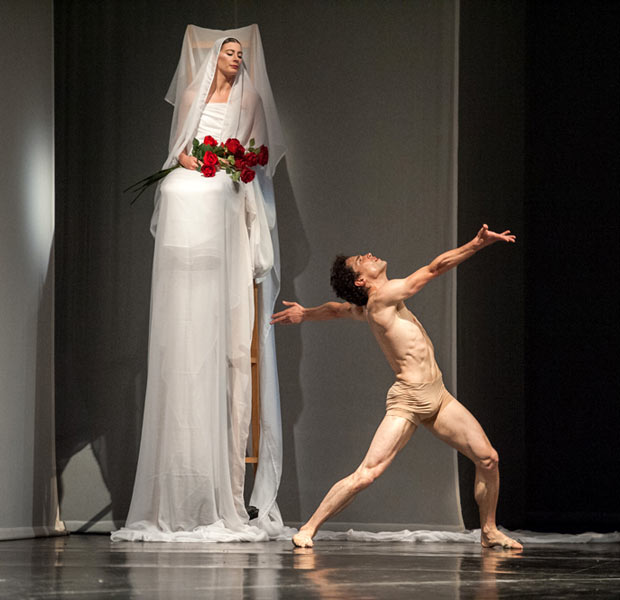 Marie-Agnes Gillot and Stephane Bullion in Orpheus and Eurydice.© Stephanie Berger. (Click image for larger version)