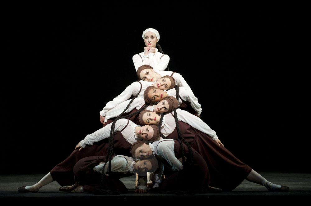 Christina Arestis and artists of The Royal Ballet in <I>Les Noces</I>.<br />© Tristram Kenton, courtesy of ROH. (Click image for larger version)