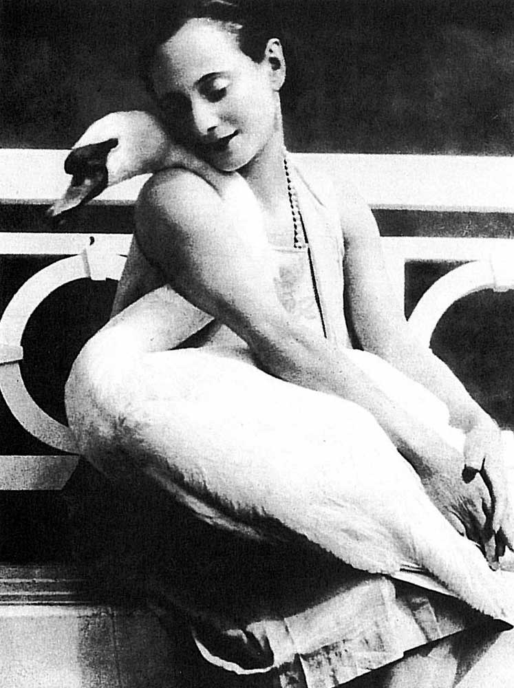 Anna Pavlova with Jack - a favourite swan. From 1905. Courtesy of BFI ©. (Click image for larger version)