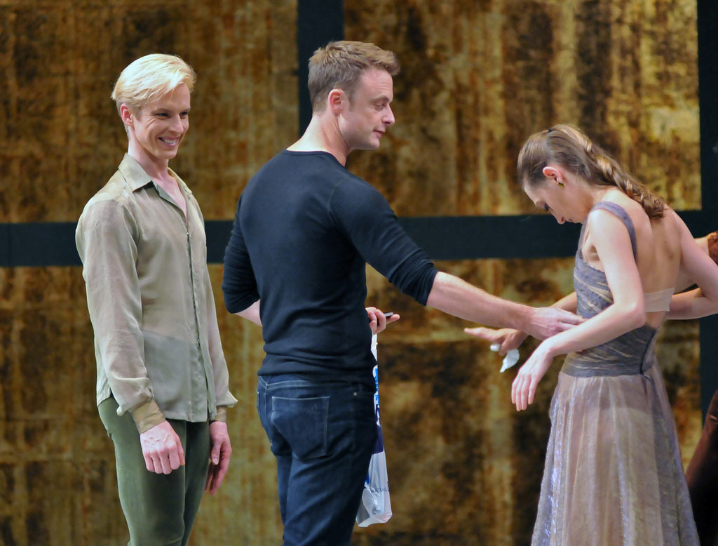 Christopher Wheeldon with dancers Tiit Helimets & Sarah van Patten, coaching in London, 2012.<br />© Dave Morgan and courtesy of San Francisco Ballet. (Click image for larger version)