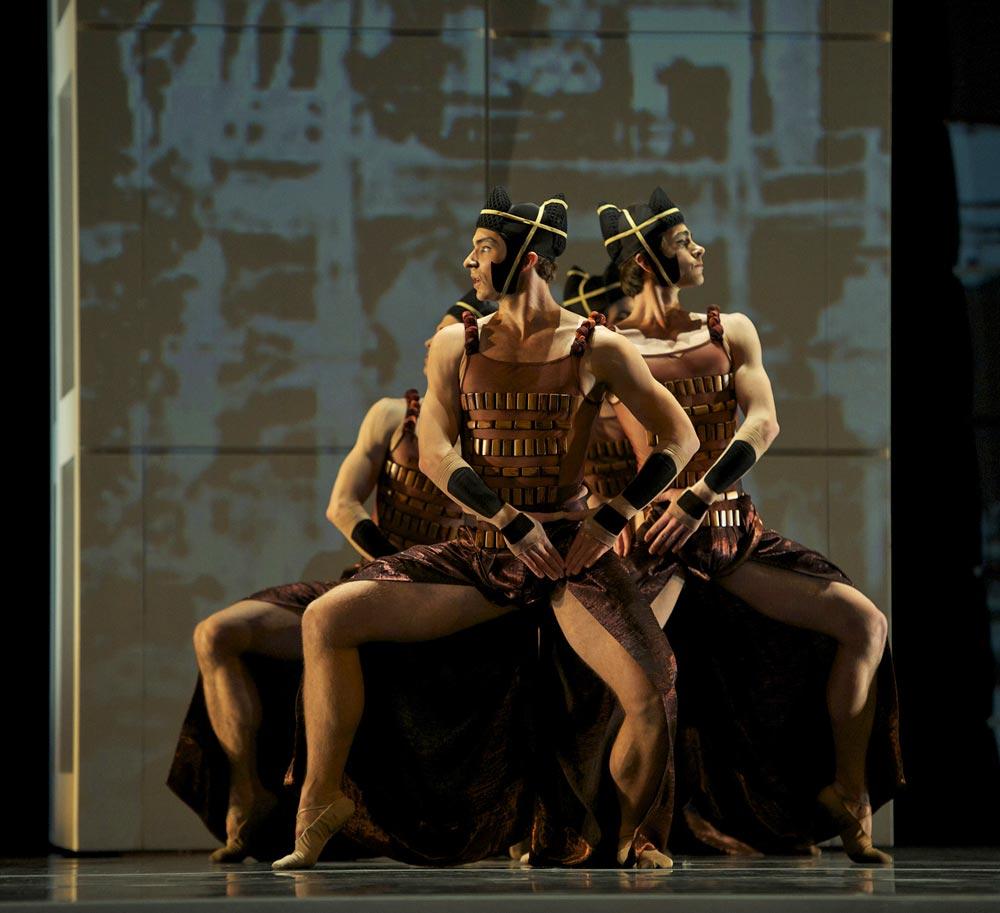 San Francisco Ballet in Possokhov's <I>RAkU</I>.<br />© Erik Tomasson. (Click image for larger version)