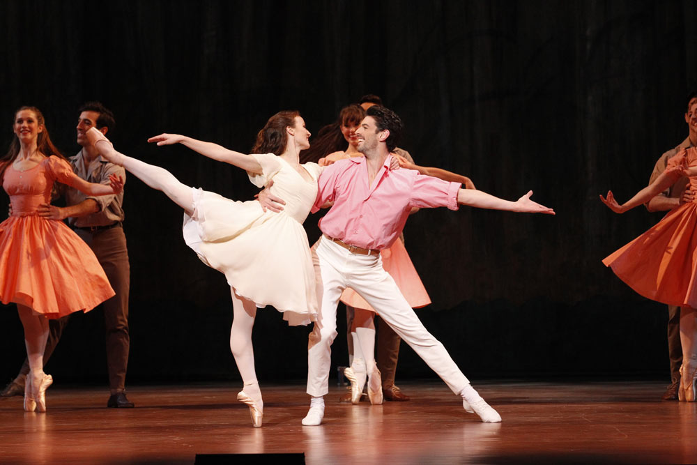Madeleine Eastoe and Andrew Killian in <I>The Display</I>.<br />© Jeff Busby. (Click image for larger version)