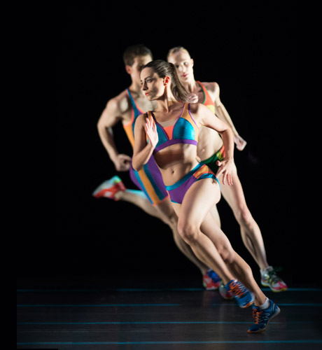 Laetitia Lo Sardo with Artists of Birmingham Royal Ballet in <I>Faster</I>.<br />© Bill Cooper