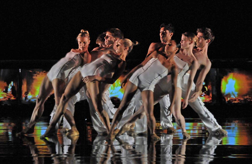 Rambert Dance Company in Marguerite Donlon's <I>Labyrinth of Love</I>.<br />© Dave Morgan. (Click image for larger version)