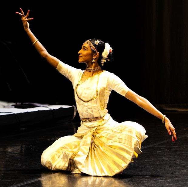 Shantala Shivalingappa in <I>Swayambhu</I>.<br />© Hector Perez. (Click image for larger version)