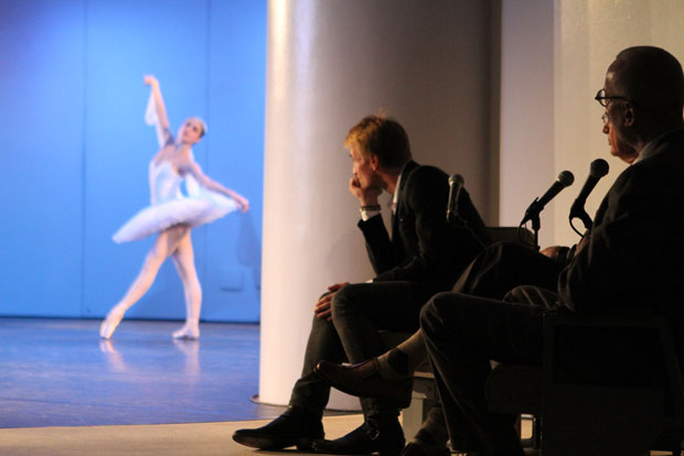 Nikolaj Hubbe, John Meehan (moderator) and Richard Hudson looking at an unknown <I>La Bayadere</I> Shade.<br />© Jacklyn Meduga. (Click image for larger version)