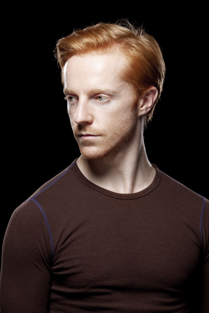 Steven McRae.<br />© Johan Persson / ROH. (Click image for larger version)