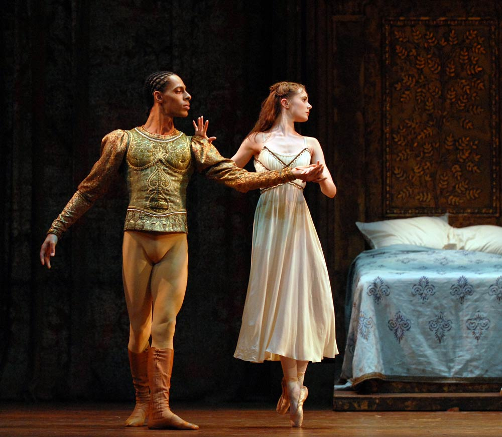 Tyrone Singleton as Paris (with Jenna Roberts) in the <I>Ballet Hoo</I> performance of <I>Rome & Juliet</I> from 2006.<br />© Phil Hitchman. (Click image for larger version)