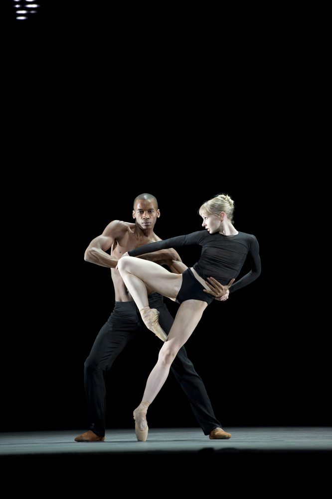 Melissa Hamilton and Eric Underwood in Wayne McGregor's <I>Infra</I>.<br />© Bill Cooper, by kind permission of the Royal Opera House. (Click image for larger version)