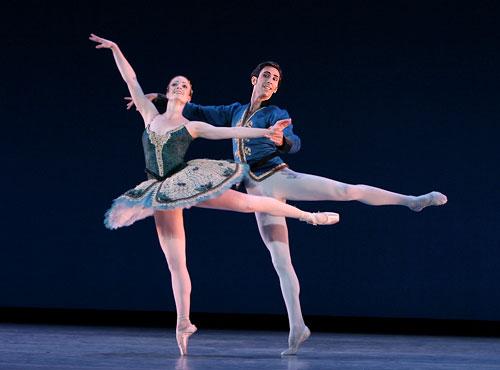 "Shannon Parsley and Momchil Mladenov in <I>Divertimento Brillante</I> (<a href=""http://www.ballet.co.uk/magazines/yr_07/aug07/ok_rev_suzanne_farrell_0607.htm"">from 2007 Balletco review</a>). © Carol Pratt"