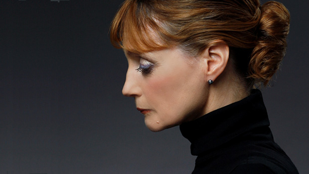 Suzanne Farrell.<br />© Paul Kolnik. (Click image for larger version)