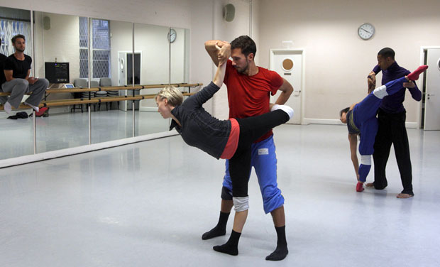 Alex Whitley, at work in the studio with Random dancers on <I>Hertz</I>.<br />© Ravi Deepres, by kind permission of the Royal Opera House. (Click image for larger version)