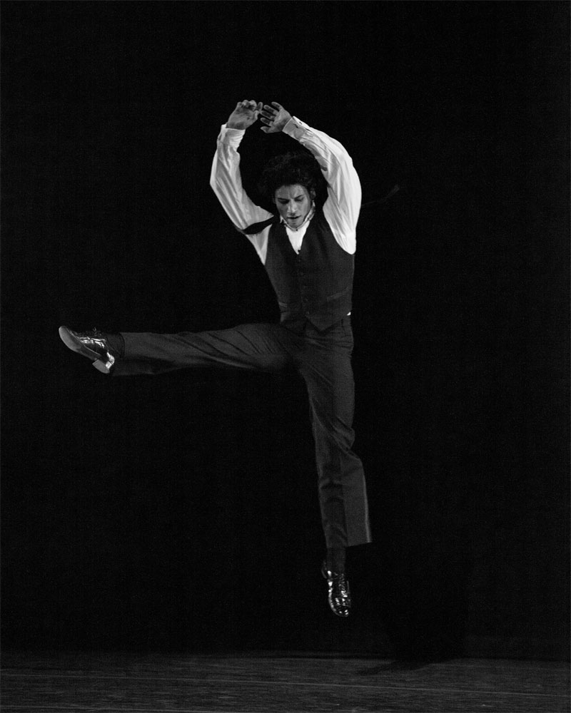 Herman Cornejo in Twyla Tharp's <I>Sinatra Suite</I>.<br />© Rosalie O'Connor. (Click image for larger version)