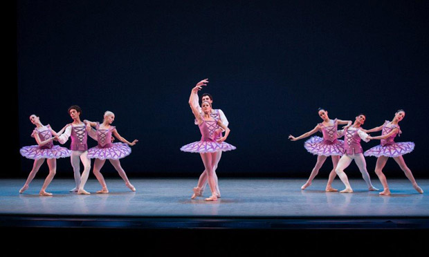 The Suzanne Farrell Ballet in <I>Divertimento No. 15</I>.<br />© Rosalie O'Connor.
