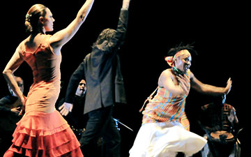 Paco Pena Flamenco Dance Company in Quimeras.© Cesar Alocer. (Click image for larger version)