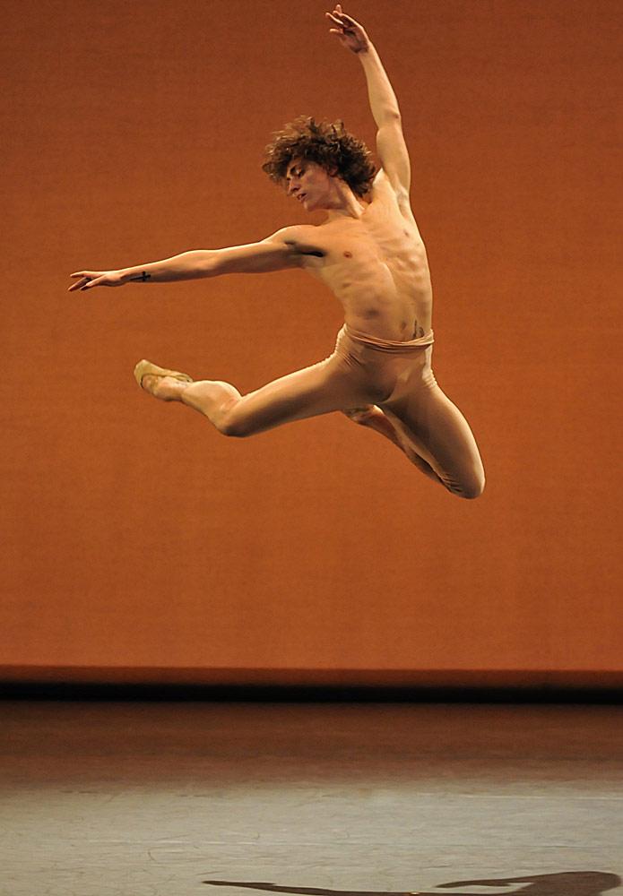 Sergei Polunin in <I>Narcisse</I>.<br />© Dave Morgan. (Click image for larger version)