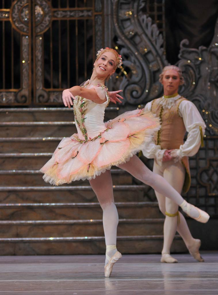 Laura Morera in <I>The Nutcracker</I>.<br />© Dave Morgan, by kind permission of the Royal Opera House. (Click image for larger version)