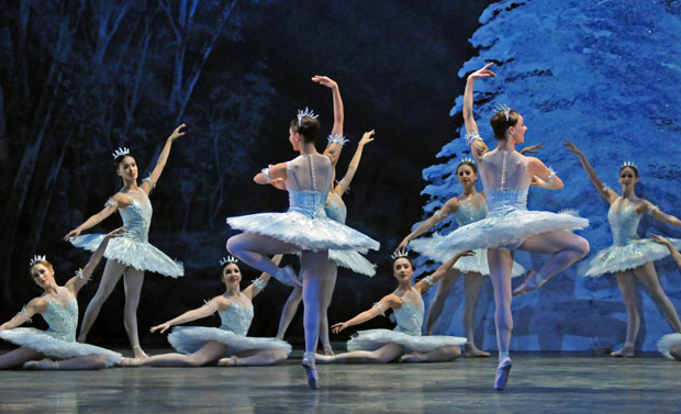 Snowflakes in <I>The Nutcracker</I> (in 2010).<br />© Dave Morgan. (Click image for larger version)