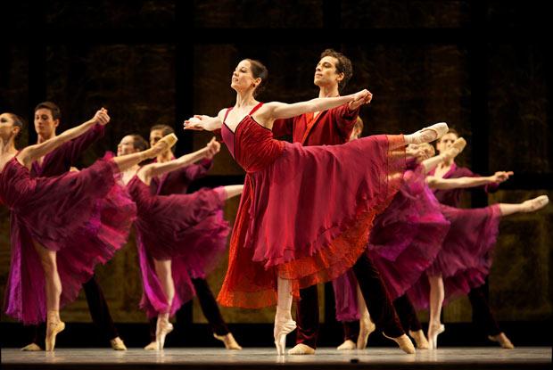 San Francisco Ballet in Tomasson's <I>Trio</I>.<br />© Erik Tomasson. (Click image for larger version)